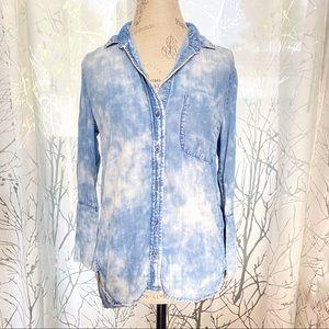 Cloth + Stone tie dye chambray button down top